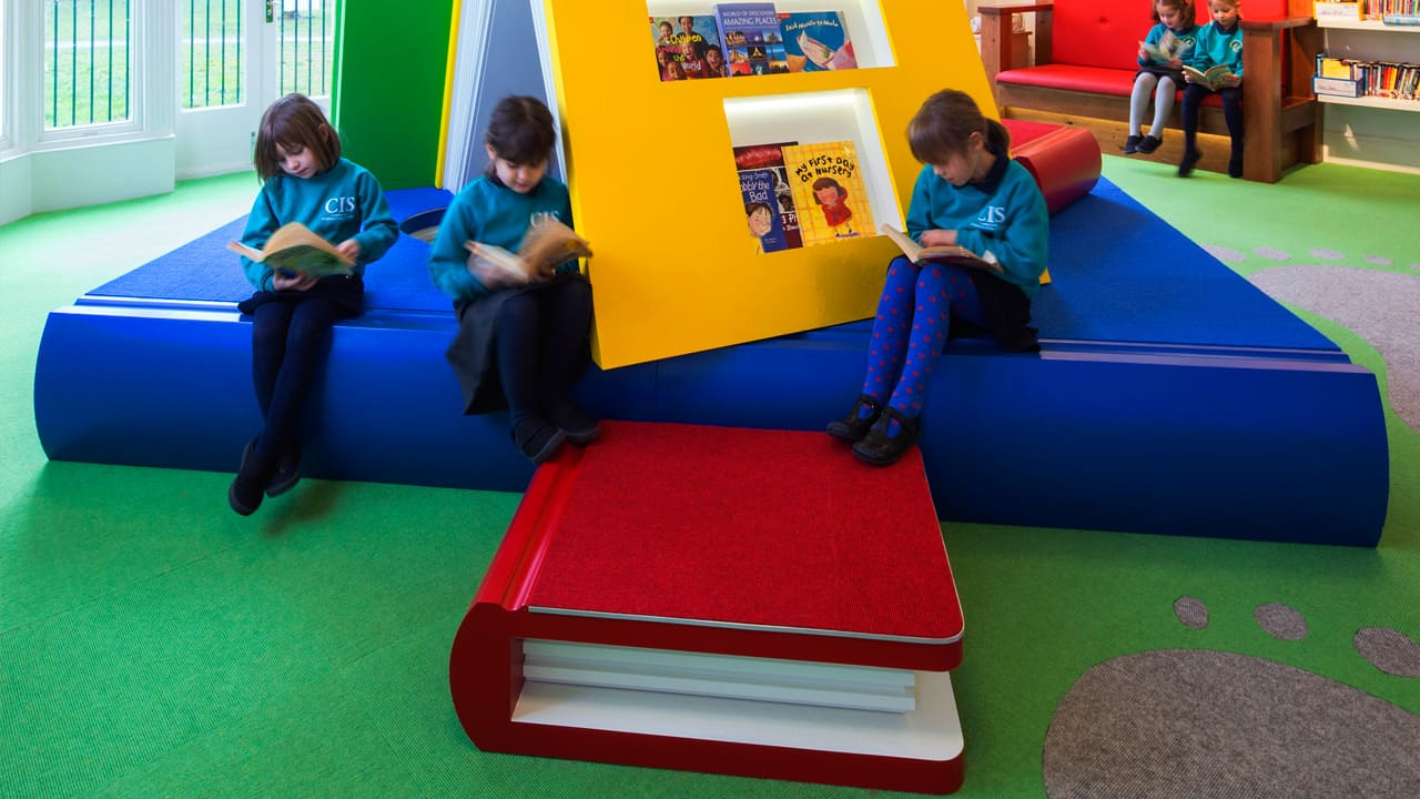 Library group learning space - © Daniel Shearing Photographer